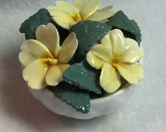 Staffordshire -  Yellow Flowers (March) in Small Bowl (#030)