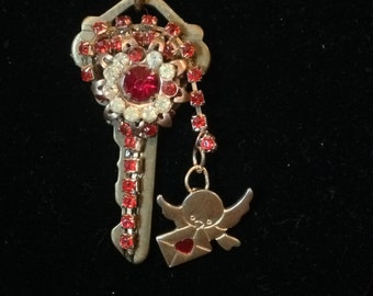 Vintage Love Key Necklace