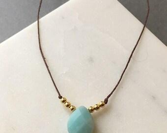 Teardrop gemstone pendant necklace