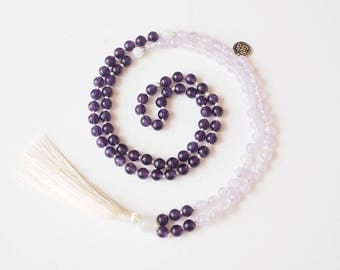 SERENITY - Mala necklace composed of 108 dark and light hand-knotted Amethyst and Moonstone beads, creamy white tassel.
