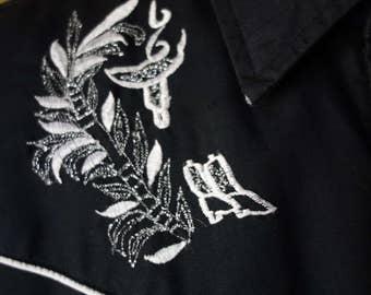 Medium 40 Chest 1960s Vintage Black Cotton Sears Embroidered Western Shirt with Lurex Rockabilly Viva Las Vegas