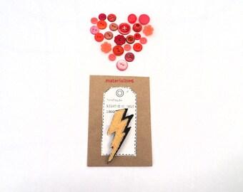 Lightning Brooch, Fiber Pin For Ladies & Girls, Yellow Wool Badge