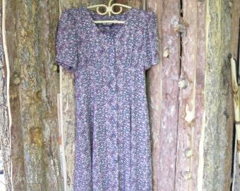 Vintage 90s Dress at Knee short Sleeve Dress Petite 8 Ms Choice Petite California Tiny Floral Print
