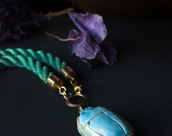 Egyptian Scarab Amulet Rope Choker / Turquoise Carved Stone / Egyptian Revival Statement Jewelry /