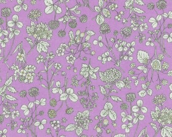 HALF YARD Lecien - Memoire a Paris 2017 - Floral on PURPLE 40741-110 - Cotton Lawn - Flowers - Japanese Import