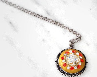 Swarovski Crystal Gold Ceralun Clay Pendant With Light