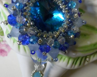 romantic Victorian lavalier aqua crystal long necklace with large bezel set rivioli