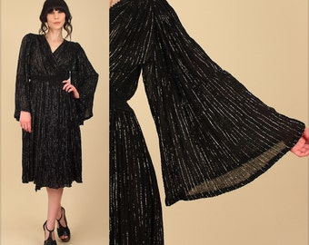 ViNtAgE 70s Grecian Goddess Wrap Dress // Black Gold Metallic Gauze Cotton Crochet Angel Sleeve Wing Angelwing Lurex Disco S M L Free Size