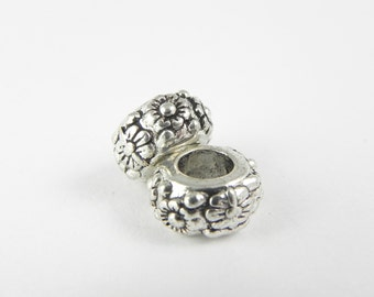 10 Large Hole Beads in Antique Silver - Flower Design - Hole 5mm - 11mm x 6mm