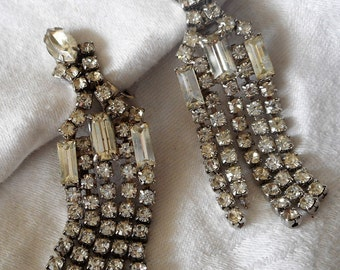 Vintage Dangle Clear Glass Rhinestone Silver Metal Costume Jewelry Clip Earrings