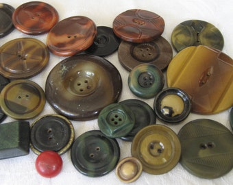 Lot of 25  VINTAGE Celluloid Tight Top BUTTONS