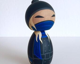 Street Kunoichi. Ninja girl kokeshi doll. True Blue assassin.