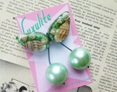 She Sells Seashells Jumbo handmade sparkly green confetti lucite style 1940's 50's inspired pearly mint cherry brooch
