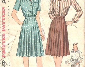 Simplicity 4693 1940s Misses Weekday Wardrobe Skirt and Blouse Pattern Tennis Sportswear Womens Vintage  Sewing Pattern Size 14 Bust 32