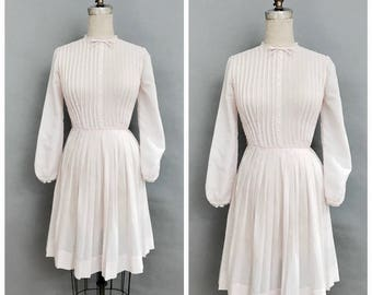 50s pink pleated dress