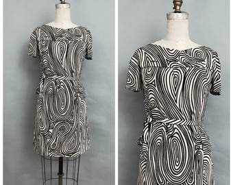 60s black and white belted dress