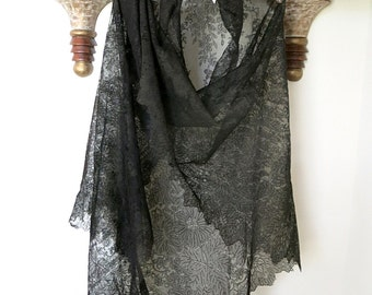 Antique Black Lace Shawl Late 1800s Vintage Large Mourning Veil Chantilly Mantilla