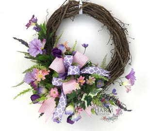 Spring Petunia Wreath, Spring Wreaths for Front Door, Summer Wreaths for Front Door, Lavender Door Wreath, Spring Decor, Mother's Day Gift
