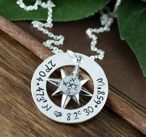 Coordinates Necklace, Personalized Compass Necklace, North Star Necklace, Latitude Longitude Necklace, Travel Necklace, Journey Necklace