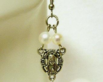 Rosary center white freshwater pearl earrings - E1030-306