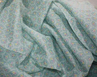 "3.5 yard x 38"" Wide 60s   Vintage  Fabric -  100% Cotton Batiste Soft Green with Tiny Bouquets"