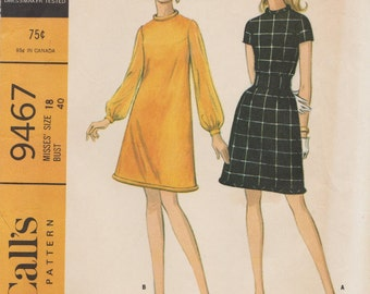 McCalls 9467 / Vintage 1960s Sewing Pattern / Dress / Size 18 Bust 40