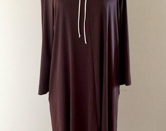 Vintage 1970s Vassarette Nylon Nightgown Loungewear Robe - Brown & Cream