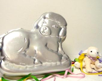 Gentle Lamb Pan Wilton 502 3444 from 1981 Easter Cake Spring Sheep