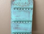 SALE Vintage Wood Jewelry Rack Spoon Rack Beach Shabby Green