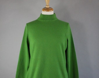 Vintage 90s does 50s Women's Lands' End Bright Kelly Green Cashmere Turtleneck High Quality Sweater