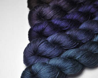Gloomy view - Gradient of Silk/Cashmere Lace Yarn
