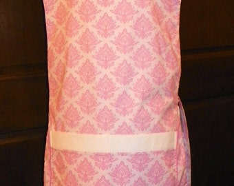 Awesome Kitchen Cobbler Lined Apron Smock Pink Crest on White Handmade for Kitchen Cooking Craft Activities Excellent Clothes Protector