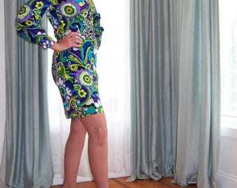 Vintage 1960's Go-Go Dress / Wild & Crazy Flower Power Psychedelic Print Long Sleeves Short Skirt Twiggy Mini