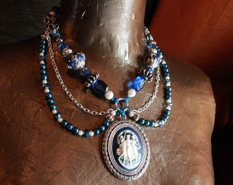 The Muses - Chainmail and beaded cameo necklace