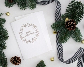 Merry Christmas //  Card with a glitter detailed laurel wreath // Merry Christmas Wreath Card // Merry Christmas Card // Holiday Cards
