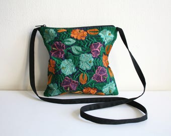 Guatemalan Embroidered Flower Purse