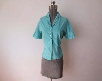 Vintage '40s Arigo of Milwaukee Turquoise Cotton Button Down Bowling Blouse, 40 - 42 Inch Bust, Incredible Button Detail!