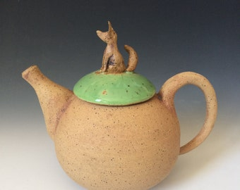 Rustic teapot with a woodland fox Knob, unique handmade with filter, Hand Made with love