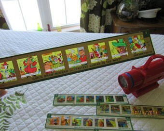 Vintage Toys Kenner's Give-A-Show Projector Set with 15 Slides from Darlas Closet