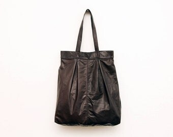The Marrakech Leather Tote Bag in Dark Smooth Brown | Oversized Leather Tote | Leather Shoulder Bag | Minimalist Leather Handbag in Brown