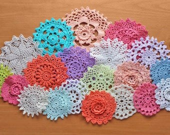 20 Colorful Hand Dyed Vintage Doilies, 2.5 to 4.5 inch doilies, Craft Doilies, Dream Catcher Doilies