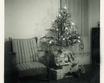 "Vintage Photo ""Santa Was Here"" Snapshot Antique Photo Old Black & White Photograph Found Paper Ephemera Vernacular - 183"