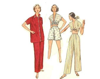 1950s Two Piece Pajamas Pattern, Crop Top, V Neckline, Shorts, UNCUT, Bust 38, Size 20, Simplicity 4312, Vintage Sewing Pattern
