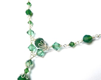 Green bead chain necklace, Silver plated, all Austrian crystal green opal color, dainty pattern, St Patrick's Day crystal jewelry
