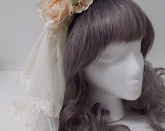 Veil Headband in Beige and Ivory