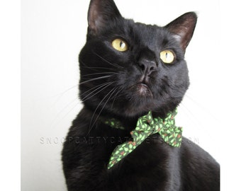 Cat Bow - Holly Jolly Christmas - Choose Cream or Evergreen