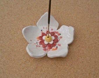 White ceramic flower incense holder -  Ceramic hibiscus ring dish - Flower jewelry catcher - Handmade earthenware incense stick stand