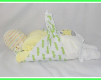 Neutral Baby Diaper Cake BabyJungle Theme-Adorable Baby Gift Or Shower Centerpiece