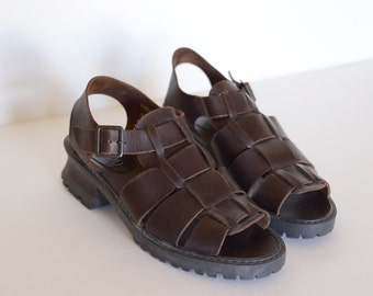 Vintage Brown Woven Leather Sandals With Chunky Heel by Basswood, Womens 8 / ITEM306