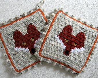 Red Fox Pot Holders. Crochet and knit animal potholders with foxes.